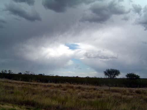 Un claro entre la tormenta<br>autor